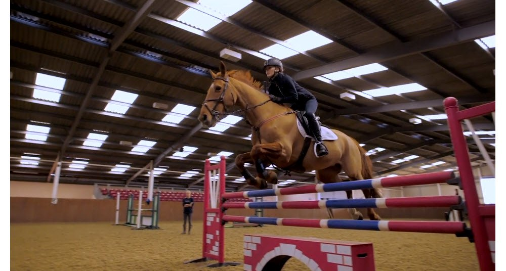 evie jumping